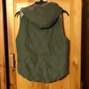 jieliang Jackets & Coats - Olive Green Vest
